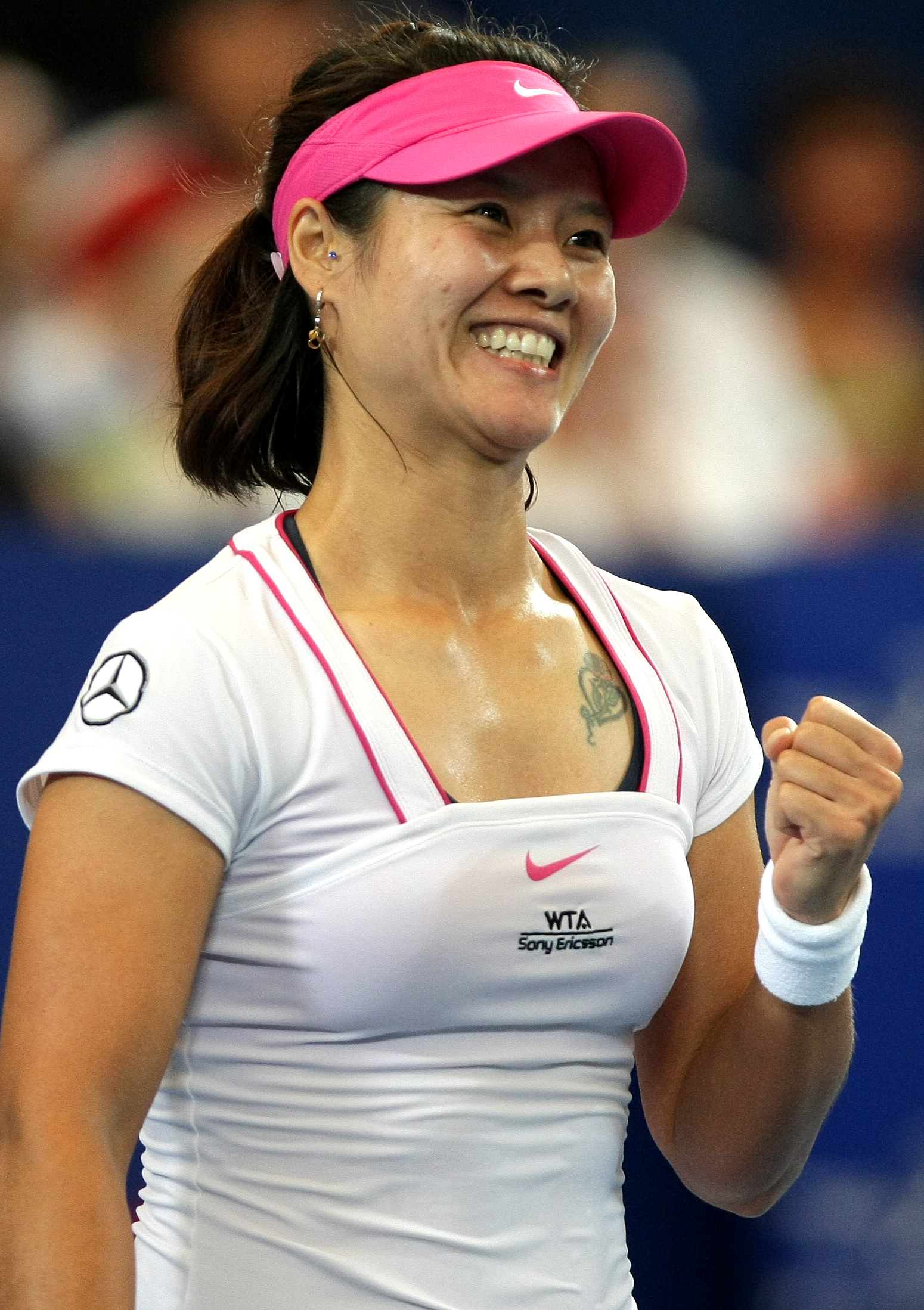 Li Na Of China In Action Against Marion Bartoli In The